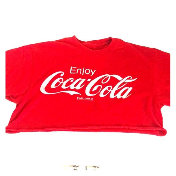 dadb0391c26f9 Coke crop top. M 5ba44a03d6dc52db593a2791